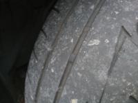 車のメンテナンス詳しい方! タイヤ、そろそろ寿命ですかね?