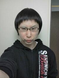 短髪の頃のオレです。。不細工ですか???