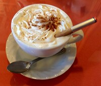 コーヒーハウスの存在が市民革命や民主主義の浸透の一因になったとかいう主張がありますが、仮にコーヒーハウスが存在しなかったら(コーヒー禁止令とかで。理由は適当)歴史はどう変わったのでしょう?