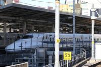 先日台車故障だったかな? JR西日本の山陽新幹線のN700系のK5編成はJR東海の名古屋で止まり今は名古屋に居るらしいが、年内は名古屋の車両基地でお休みになるの?