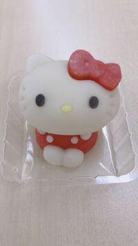 ローソンで発売されたキティちゃんの和菓子 何カロリーくらいでしょうか