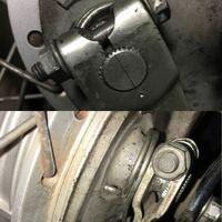 バーディ50 メンテ中です フロントブレーキのリターンスプリングが外れてて装着しました が、スプリングが斜めに入ってます。輪っかの部分がホイールと同じように水平になるものだと思ってたのですがこれで良いの...