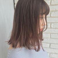 初めて髪を染めるのですが、これはブリーチ必要ですか?アッシュピンクです。