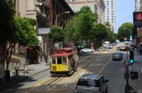 今度サンフランシスコに行くことになりました。 名物のケーブルカーを楽しみにしているのですが、このような写真を撮影するのに絶好なスポットはありますでしょうか? オシャレな写真が取りたいので詳しい方がいらっしゃいましたらアドバイスよろしくお願いします!m(_ _)m
