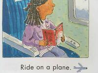 【Raid on a plane.】について raid onは、「またがる」という意味合いがあり、飛行機にはあまり使用しないという記載をいくつか目にしました。 しかし、『アメリカ最大手の教育系出版』社による出版物とうたっている手持ちの幼児英語教材には、【raid on 】を教える例文として、飛行機も載っていました。 (バス、飛行機、バイク、電車、馬、ボート、ソリ、パレードの台車、の順で掲載さ...