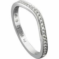 婚約指輪について。 婚約指輪をもらっていなかったので、探しています。 婚約指輪はエタニティリングにしようと思い探しています。 結婚指輪は、カルティエのバレリーナをもらっています。 同じくカルティエのバ...
