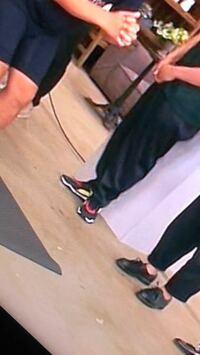 靴のメーカーと名称を教えてください 2018/07/05放送もろもろのハナシでアンジャッシュ児嶋さんが履いていた靴を教えてください。