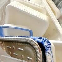 【食品トレーのリサイクル】  ㅤㅤㅤㅤㅤㅤㅤㅤㅤㅤㅤㅤㅤ 皆さまは、食品トレーをスーパーなどのリサイクル回収Boxに持って行きますか? ㅤㅤㅤㅤㅤㅤㅤㅤㅤㅤㅤㅤㅤ その際、よく洗って乾かす…と有りますが...