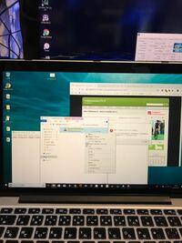 Macbookのbootcampについてです。 Macbookのhigh sierraでbootcamp.Windows10を動かしています。 キーボードのかな、英数キーが効かなく、capsキーで切り替えしている状態なのと、タップでクリックが使えないので...