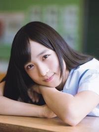 AKBに小栗有以という子が居ますが、かなり可愛いのに人気がないのはやはり「AKBだから」でしょうか? 乃木坂に居ればもっと注目されていますか?