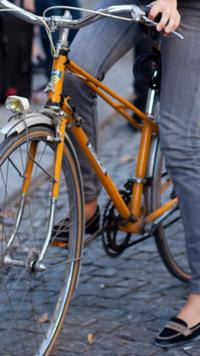 この画像の自転車メーカー はどこですか?
