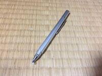 タッチペンが反応しづらくなりました。 100均の板タイプのタッチペンを使用しているのですが、突然たまに反応しなるようになりました。指や、他のタッチペンは反応します。ゴミがついていないか、どこか破損して...