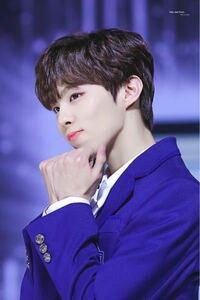 このマスターさんはupside downという方だと思うのですが、検索してもでてきません。どうやったらこのマスターさんがTwitterででてきますか? produceX101 キムウソク UP10TION 韓国 アイドル