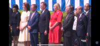 トランプ米大統領、皇居で歓迎式典で、ジョン・ボルトン氏の横の赤いドレスの女性はどなたですか?