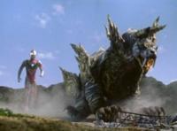20年前にあった『ウルトラマンガイア』第38話『大地裂く牙』を見た頃はどんな気持ちでしたか? 登場してきた『地殻怪地底獣 ティグリス』は何もしてないのに『地底貫通弾』を打ち込まれてしまったり  かつて怪獣との戦いで部下達を失った『柊 准将』は、やってる事は人類の為でも、怪獣に対して容赦のない怒りをぶつける意味で振る舞ったり そんな『柊 准将』を必死で止めよう『藤宮』が動いたが、結局止める事が...