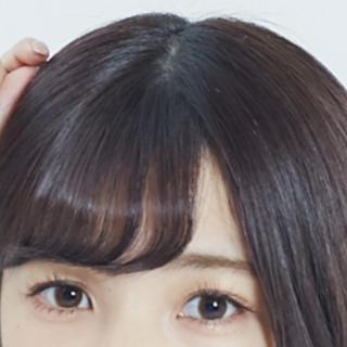 こういう前髪の分け目ってどうなってるんですか?前髪の分け目を横髪で ...
