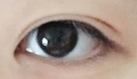 二重なのに目が小さいです。私は二重なのですがなんか目の開きが悪いというか目頭の部分に瞼がかぶさって重い感じです。ぱっちりとした開きのいい目に憧れます。やはり整形するしかないですか?