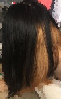 ブリーチ1回でどのくらい色が抜けますか? 私の髪は細くて柔らかいです。過去にインナーだけに市販のブリーチ(30分おいた)を使用したのが下の画像です。