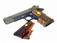 エアガン・ガスガンまたは実銃両方に関する質問です。 フィンガーチャンネルのグリップ等を作る際は通常のグリップよりも作成費用が嵩むのでしょうか また、木製のフィンガーチャンネルグリップになると、大量生...