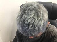 美容院でこの髪の色にしたいのですがこの色になるまでの工程を詳しく教えてください!