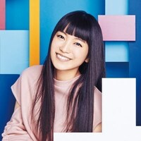 こんばんはです(=^・^=)  こちらはシンガーソングライターのmiwaさんです☆  御印象は如何でしょうか?