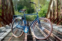 このタイプの自転車は何という種類なんでしょうか。  マウンテンバイク、ロードバイク、クロスバイク、シクロクロス、ミニベロ、シティサイクル(ママチャリ) 色々ありますが