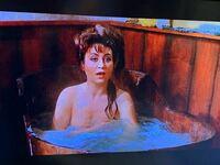 夕陽のガンマンのこの女優?の名前分かる方おりますか?