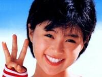 「幸せ」から連想する曲はなんですか?  「幸せになりたい」内田有紀 「幸せになるために」中山美穂 「HAPPY AGAIN」酒井法子
