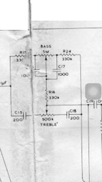 真空管プリアンプの可変抵抗器について。 可変抵抗の音質変化と劣化の対策として、 回路図の可変抵抗器を11段階のp型アッテネーターを自作して交換したいと考えています。 500kと5Mの二つを 作成したいのです...