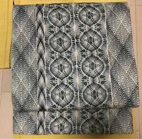 西陣のレース編みの帯ですが今の時代なら どういう着物、帯揚、帯締めと合わせたら お洒落に見えますか? レース編みは季節関係ありますか? レースの下はグリーンです。