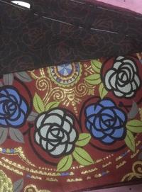 大正ロマン風にする場合 こちらの着物と帯に帯締め、帯締めの飾り、 帯揚げは 白、青、黄色、でしたらどの色、どんな商品がいいか、教えて頂けないでしょうか? 考えすぎて、訳分からくなり お力をお貸しください。 よろしくお願いします!
