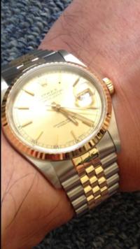ROLEX腕時計 デイジャストです。 金無垢を買うお金がないのでコンビを中古65万で買いました。 羨ましいだろ?