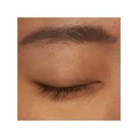 眉毛の書き方に悩んでます…濃いですか? 髪色は黒ベースに細くハイライトがすこーし入ってます