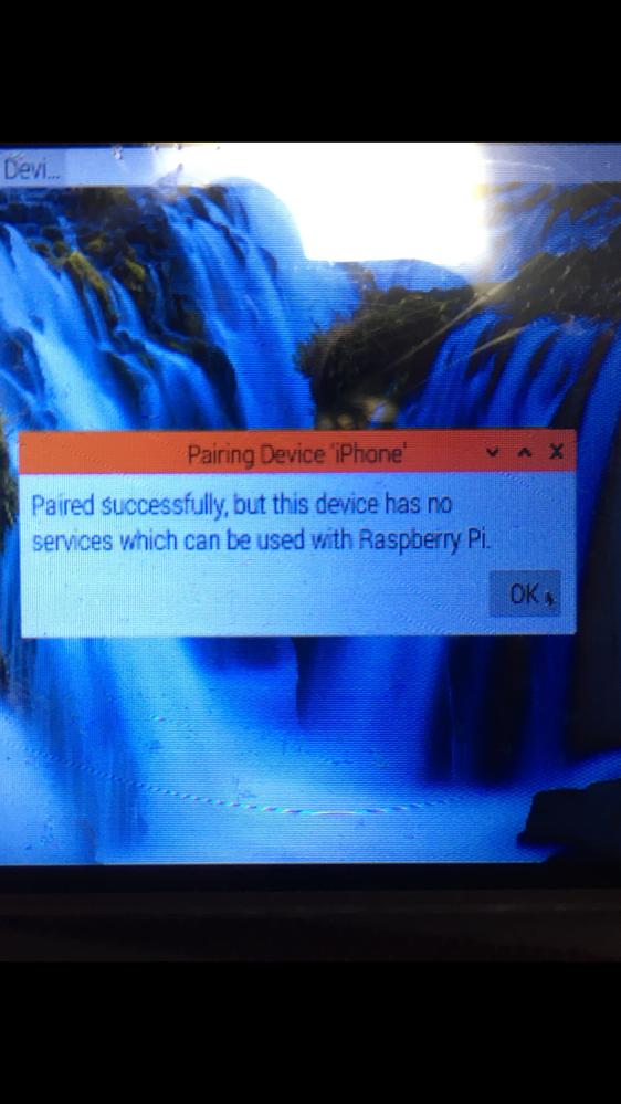 Raspberry Pi を利用してスマホが車に近づいたらLEDを点灯させたいと思っております。 Bluetoothを使って圏内に入って自動接続されたらLEDをON、離れたら接続が切れてOFFと...