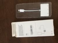 iPhoneに挿すだけでSDカードの写真を読み込めるカードリーダーを買ったんですが挿しても全く反応がありません。 当方、iPhone Xを使っています。 どなたかやり方のわかる方よろしくお願いし ます。説明書は英...