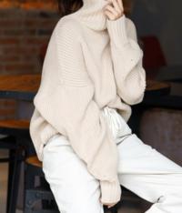 こういう袖にボリュームがあるセーターは実際着づらかったり動きにくかったりしますか?