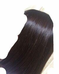 縮毛矯正って髪を綺麗にするための施術ですか?髪を綺麗にしたいのですが特に癖毛というわけではありません。この髪で縮毛矯正かけてもあまり変化はないでしょうか?