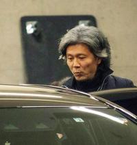熊川哲也が真っ白な灰のようになってて衝撃  47歳でこんなに真っ白になるもんですか? おじいちゃんみたいに見えます...