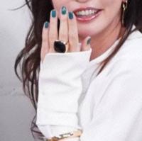 長谷川京子さんが身につけていた指輪を探しています 2019年11月8日に放送された「ダウンタウンなう 本音でハシゴ酒」において、長谷川京子さんが身につけていた指輪がどこのものか知りたいです。 よろしくお願いします。