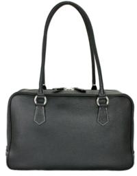 入園式に、こちらのバッグだとカジュアルすぎますか? ステッチは白ではなく、黒です。  ツイードジャケットに白ブラウス、ネイビースカートで行こうと思っています。