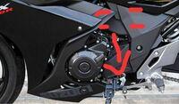 スズキのGSX250Rのチェンジペダルは上下を反転させれば逆シフトになりますか?画像の車体とペダルをつなぐ部分です。ここの付け方を変えれば逆シフトになると思うんですが