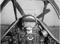 P-51Dマスタングのコックピットです。計器の読み方を教えてください