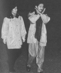 この画像を見て驚きました。秋篠宮様(秋篠宮文仁親王)はX JAPANのファンだったんですね~。現在54歳とのことですがいつからXを応援しているの?
