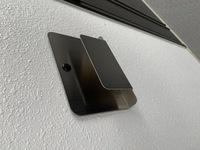 マンションのドア入り口横に写真のものがついているのですが、これは何に使用するものですか?