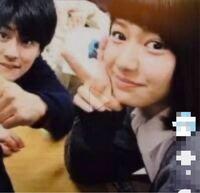 森本慎太郎くんの隣に写っている女の子はだれですか? SixTONES