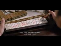 麻雀牌についてです。 なんか前にも質問した気がするのですが、忘れたので投稿させて頂きます。 写真は、中国映画「モンスター・ハント」のワンシーンで、麻雀をしているところです。 国士無双が出てるのは分かるんですが、この麻雀牌が気になりました。 普通のとは違った、少しカードっぽい薄いものになっていますよね。 これは中国で実在しているものなのでしょうか?検索しても画像が出てこないのですが、何...