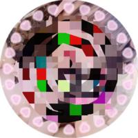 この画像のハートで囲まれたサークルフレームを探しています。 お持ちの方か、ご存知の方いましたら教えていただきたいです。 よろしくお願いします。   量産型 / ジャニオタ / 丸アイコン / サークルフレーム