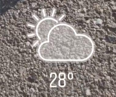 インスタのGIFについての質問です。 この、温度や天気のGIFはなくなってしまったんですか? 無くなってないのであれば、表示方法を教えてください汗