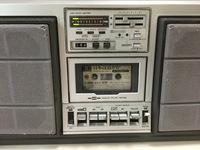【レトロラジカセ】CDプレーヤーとの接続に関して…  中古で入手したパイオニアの「ランナウェイ」SK-70。 この整備品を使い始めて、4年になります。 SK-70は1980年頃に発売され、価格は 69,800円だったようで...
