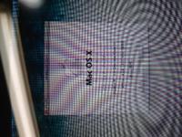 iTunesとMacBook proについて 最新のipodにの古いMacbookの音楽データを引き継げるかどうかの相談です。(同期出来るか)  10年くらい前に買ったMac book proにiTunesで買った音楽とCDデータが入っています。昨年の秋の台風で使っていたipodが壊れてしまい、最新のipodの購入を検討しています。  台風後、音楽は基本的にSpotifyで聞いていたのですが...
